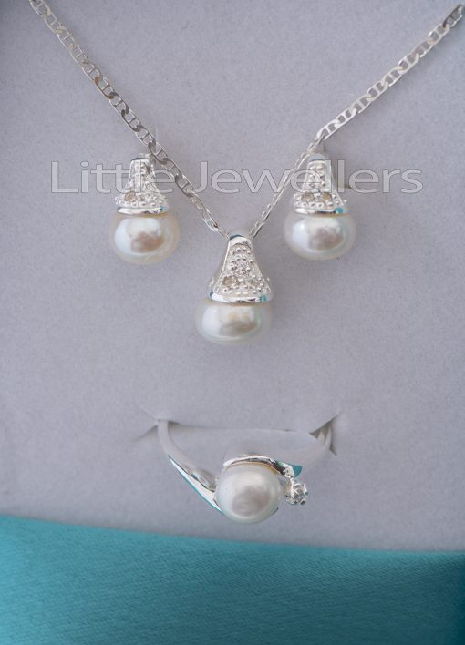 Sterling Silver pearl Necklace Set with a ring