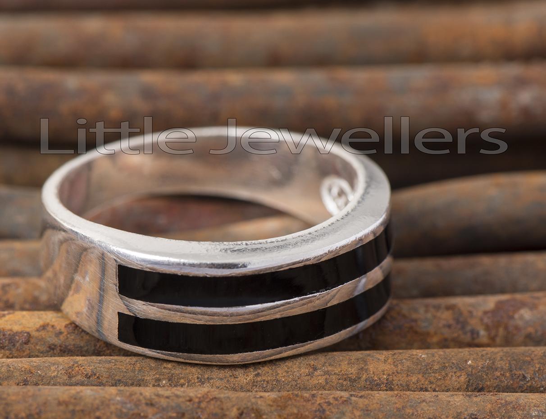 A Silver Black Stripped Men's Ring