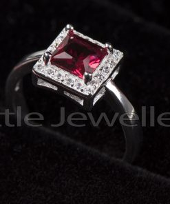 This daring ruby ring will put you in the spotlight