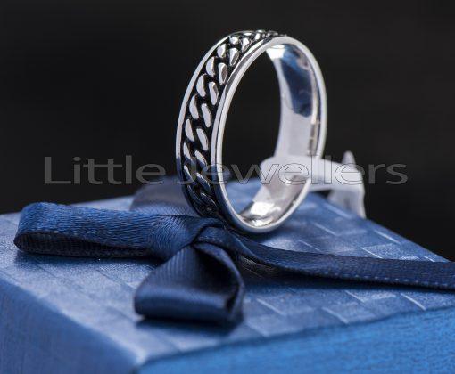 Modern Contemporary Simple Sleek Elegant Silver Ring.