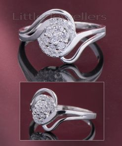 This floral engagement ring has a timeless look..