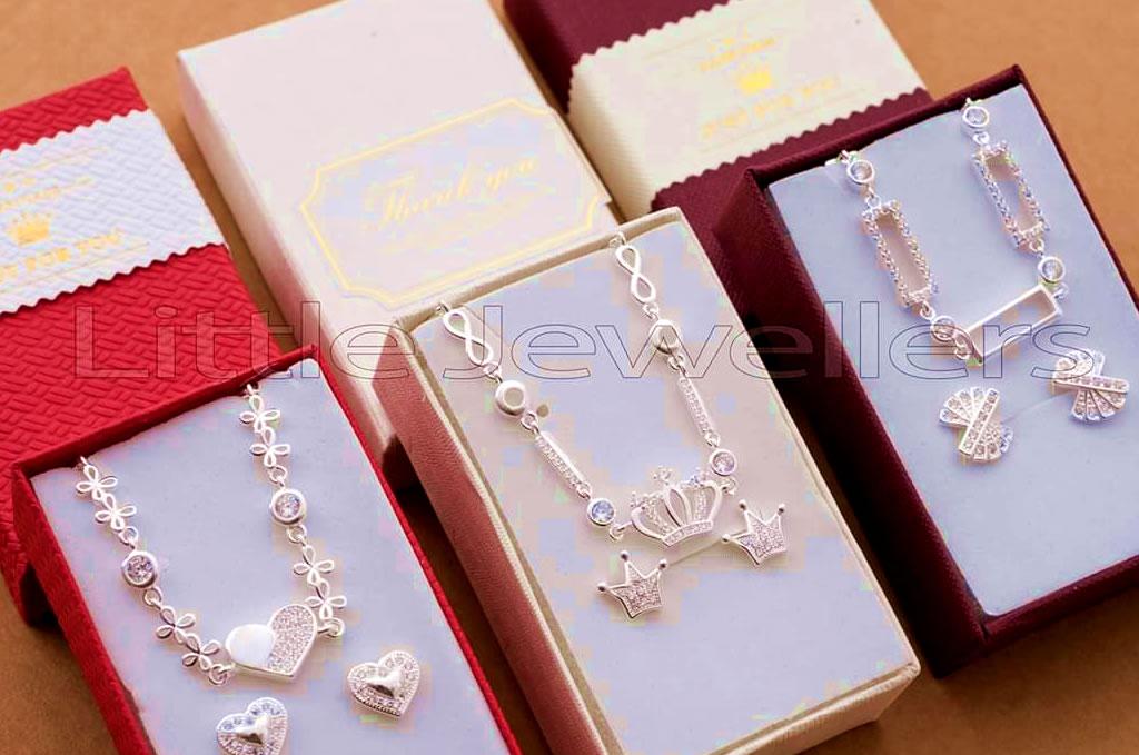 Jewelry gifts Kenya
