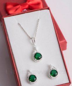 Cz emerald Jewelry set steals hearts