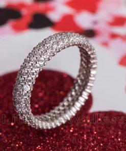 eternity ring featuring vibrant cz stones
