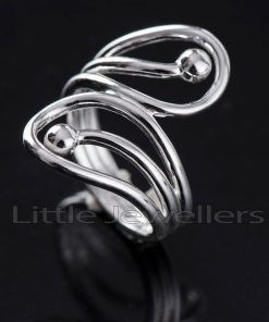 A beautiful handcrafted silver cocktail ring