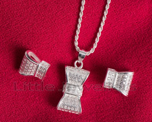 A cute & neatly crafted bow tie silver necklace set