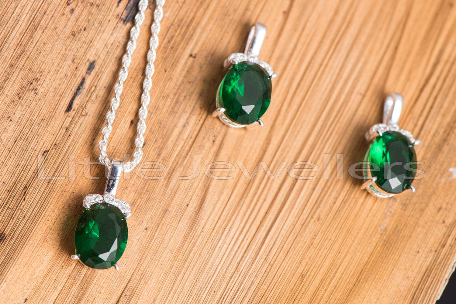 A simple yet elegant cz emerald necklace set that's perfect for everyday wear