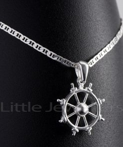 A well-detailed nautical ship wheel pendant that comes complete with a silver anchor Chain