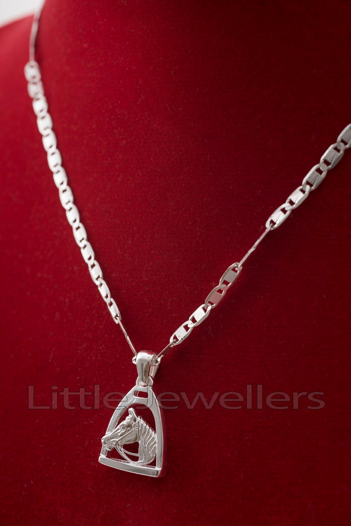 A creative and unique silver horse necklace