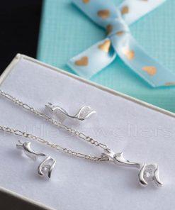 Cool calm necklace sets