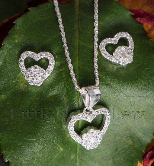 A Chic And Stylish Heart Shaped Pendant Necklace Set with Matching Earrings.