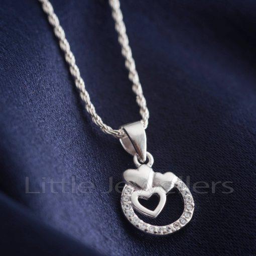 three heart designed pendant