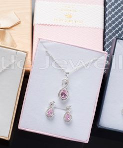 These colorful necklace sets features a shiny infinity design that is meaningful & timeless