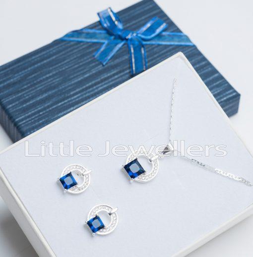 Square Necklace Set