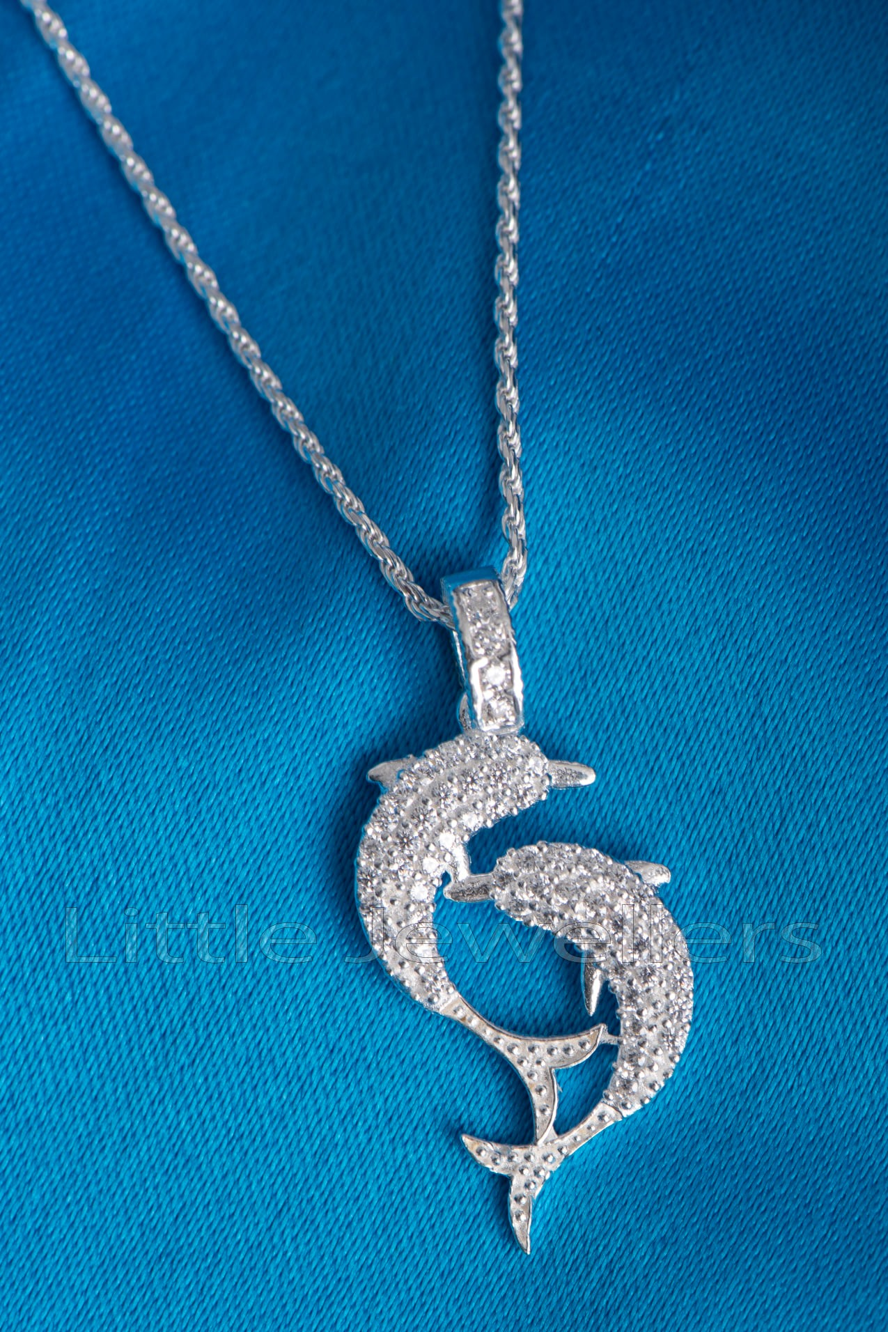 Double Dolphin intricate Pendant