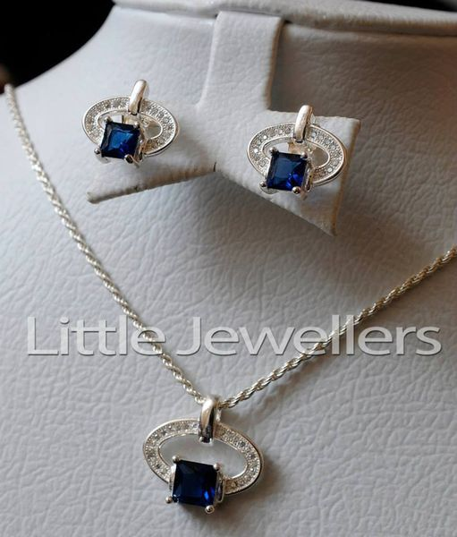 silver sapphire necklace set